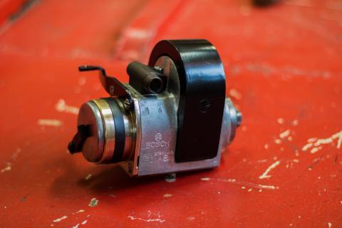 Vintage magnet Bosch