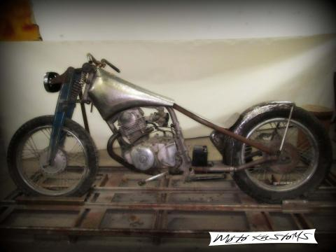 Project Yamaha 185cc - Custom design
